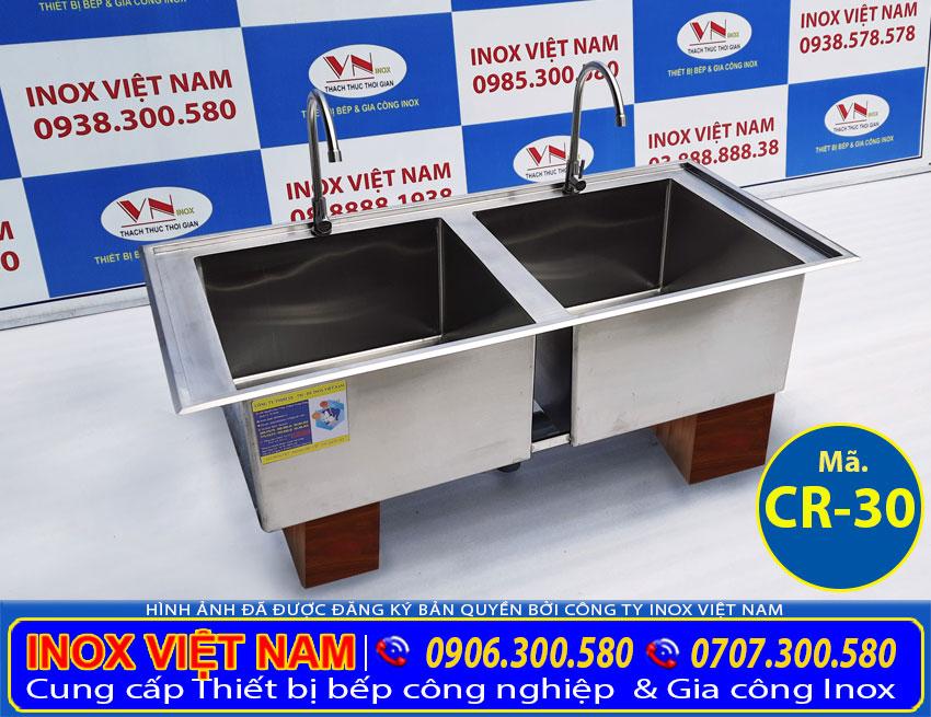 Bồn rửa chén inox 2 ngăn, chậu rửa công nghiệp. Với thiết kế đẹp, kiểu dáng sang trọng, chất liệu inox 304 cao cấp sang trọng.
